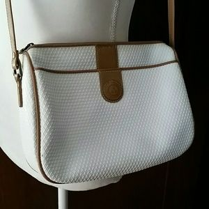 Great Crossbody for the Summer!